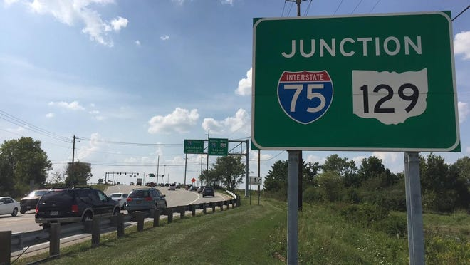 Of the eight I-75 interchanges between I-275 in northern Hamilton County to southern Greater Dayton, four are in Butler County with the largest being I-75 and SR 129 also known as the Butler County Highway interchange at the border of West Chester and Liberty townships.