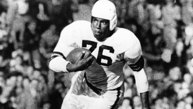 Marion Motley would get a statue in Canton under a new proposal.