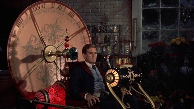 "Rod Taylor travels light in ""The Time Machine."""