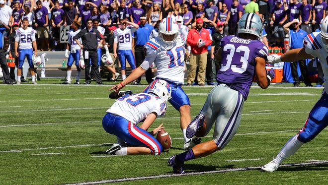 Louisiana Tech kick Jonathan Barnes (10) kicked four field goals in Saturday's loss to Kansas State.