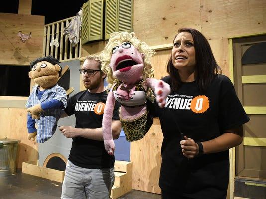 STC 0709 UN Puppet Play 2