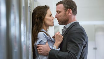 Katie Holmes as Paige and Liev Schreiber as Ray Donovan in 'Ray Donovan' (Season 3, Episode 2).