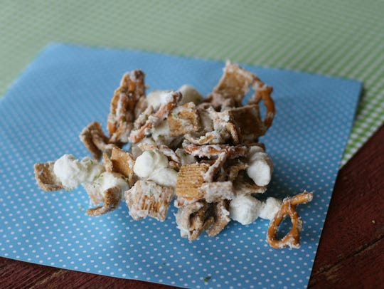 Pile some Key Lime Snack Mix into a May basket and