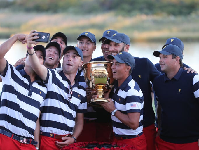 The U.S. team pose for a selfie after defeating the
