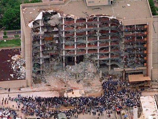 AP OKLAHOMA CITY BOMBING PURPLE HEARTS A FILE USA OK
