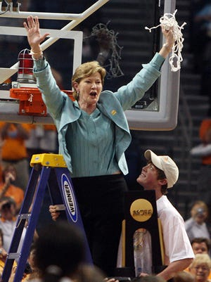 Local author Mike Towle is writing a book on legendary Tennessee women's basketball coach Pat Summitt, who died in June.