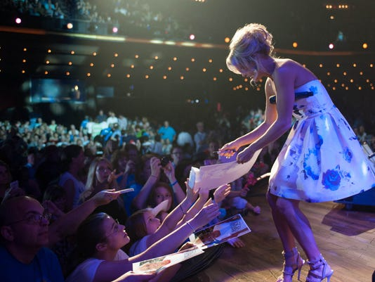 635731199588643587-carrie-at-opry