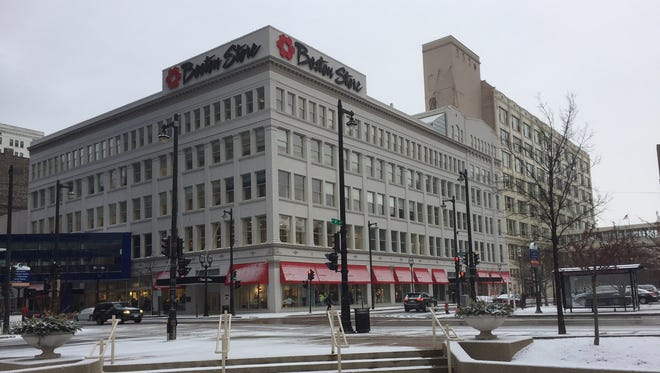 The renovations of Bon-Ton Stores Inc.'s corporate offices at downtown's Boston Store building are starting in November.