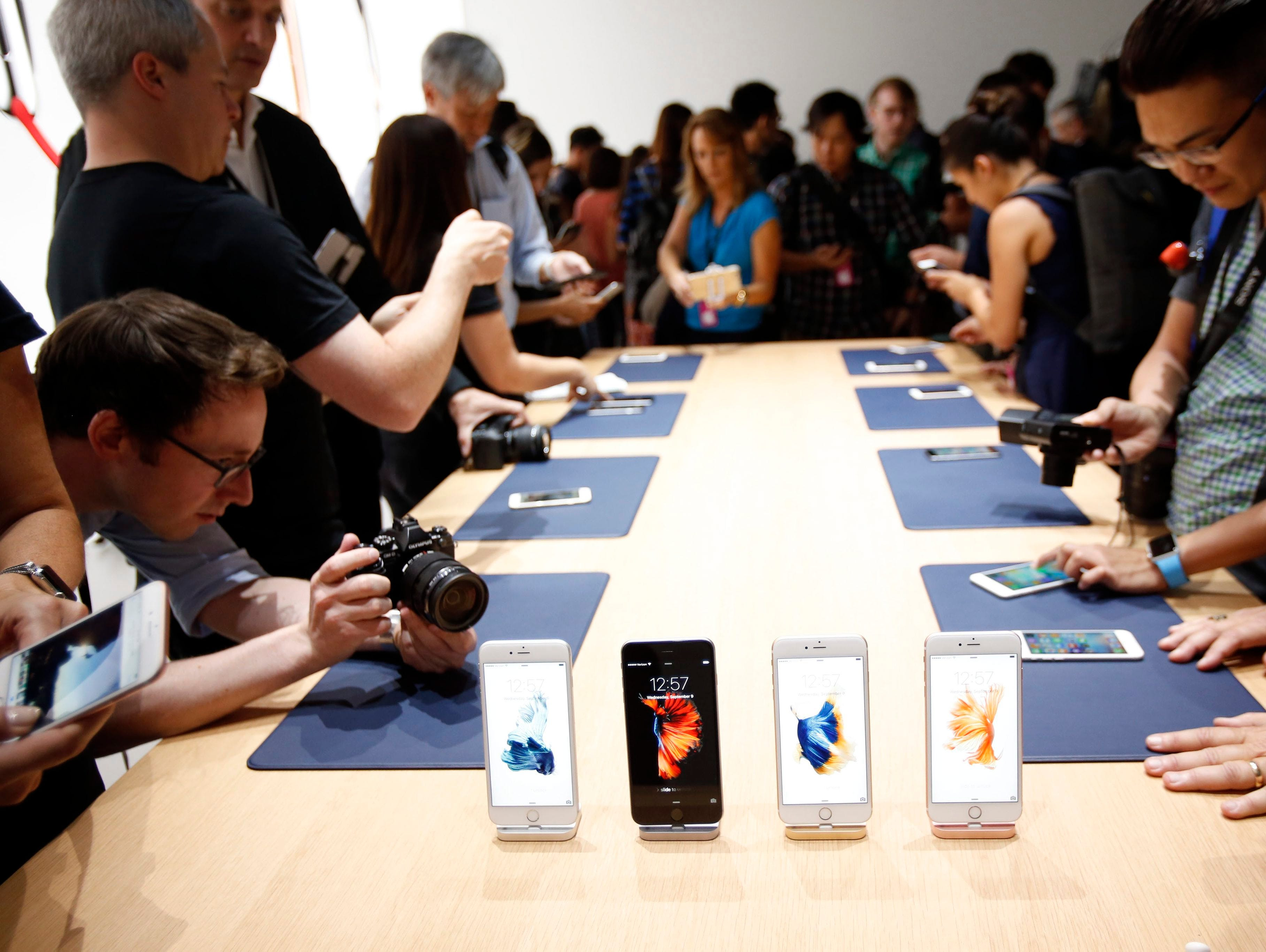 Apple's new iPhone 6S and 6S Plus phones are on display following Apple's announcement of new products.