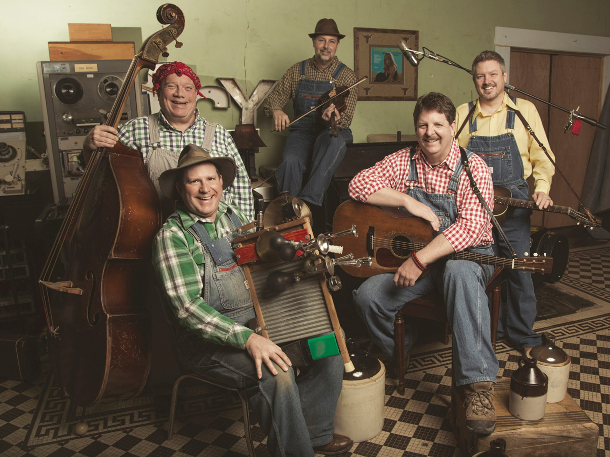 See the Tennessee Mafia Jug Band Saturday at The Arts Center of Cannon County.