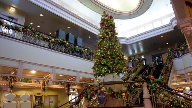 Rising Star Casino Resort has been transformed into a Christmas Casino, and will stay that way until Jan. 3, 2016.
