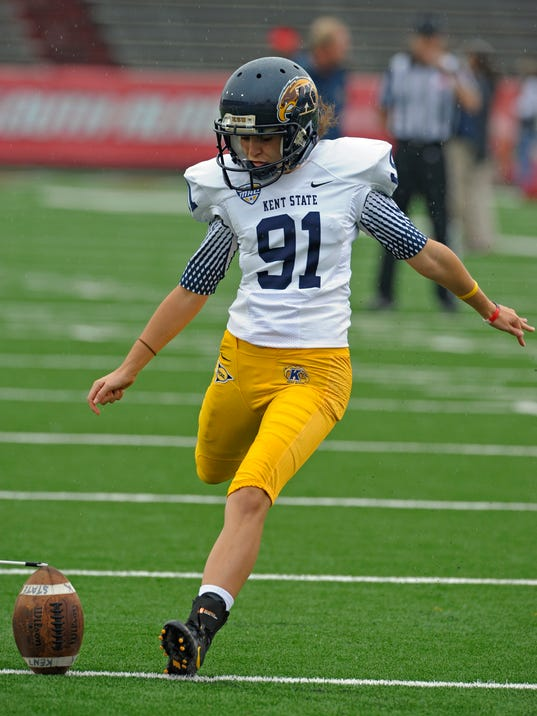 Kent State Coach Vows Female Kicker Will Play This Season