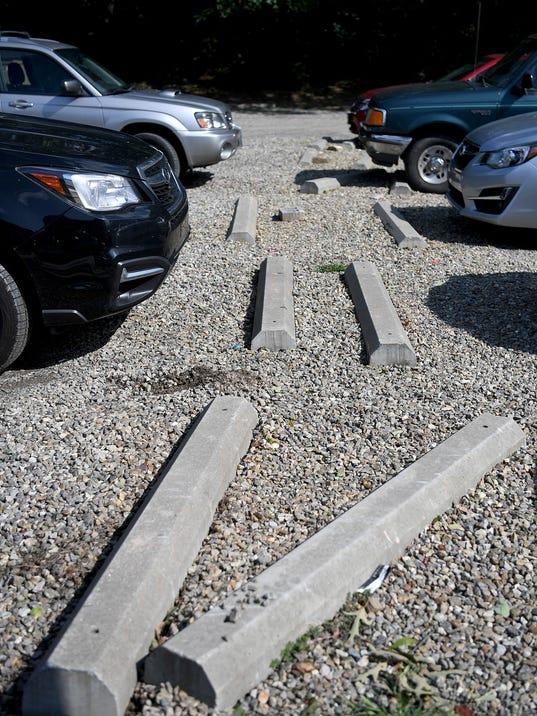 636409030194211906-Gravel-Parking-003.JPG