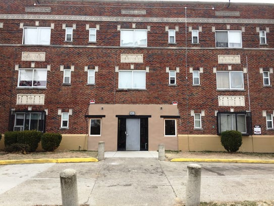 This is the apartment complex in Avondale where a 44-year-old