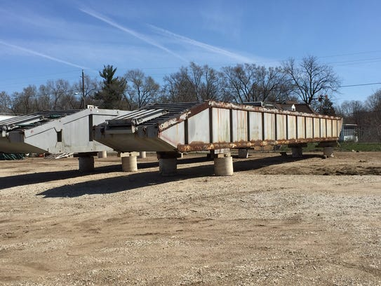 A 90-foot-long section of dock arrives in Des Moines.
