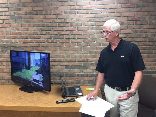 Gordon Grove explains to city council members Tuesday
