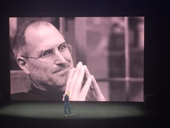 Steve Jobs was remembered in a moving tribute before