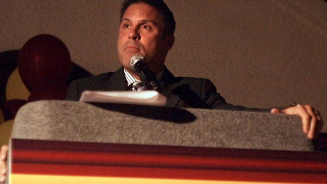 In this 2010 file photo, then-Rancho Mirage Councilman Scott Hines addresses supporters.
