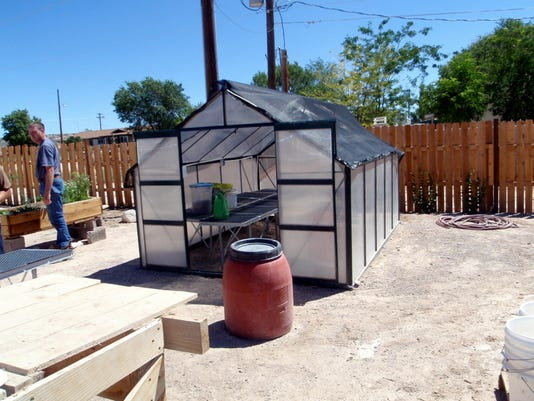 635901167780489966-Small-greenhouse-panaca-1-.jpeg