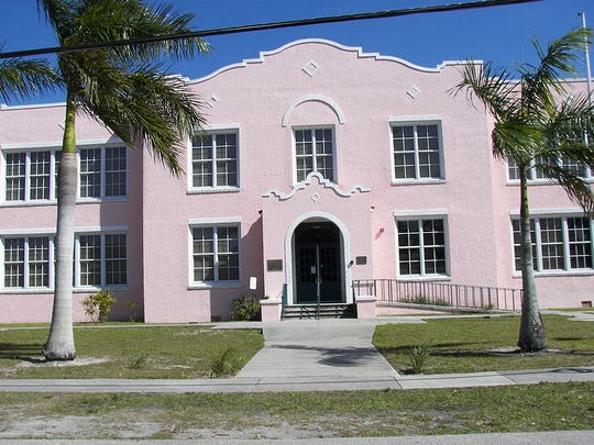 The Paul Laurence Dunbar School, 1857 High Street in Fort Myers, is on the U.S. Register of Historic Places.