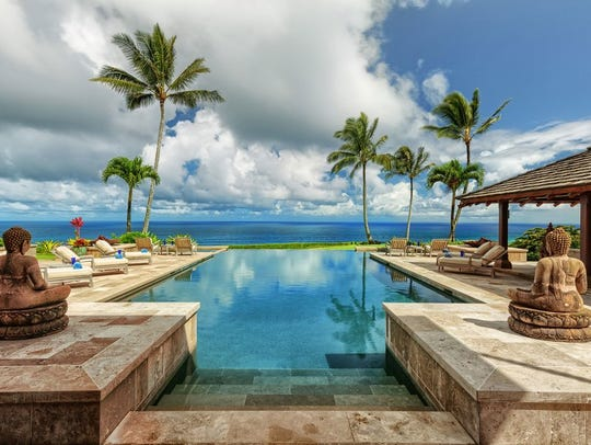 This $70 million Hawaiian beach house  is made up of