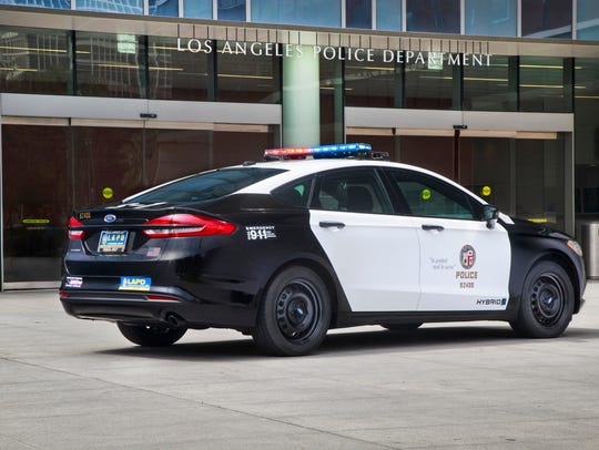Ford To Debut First Pursuit Rated Hybrid Police Car