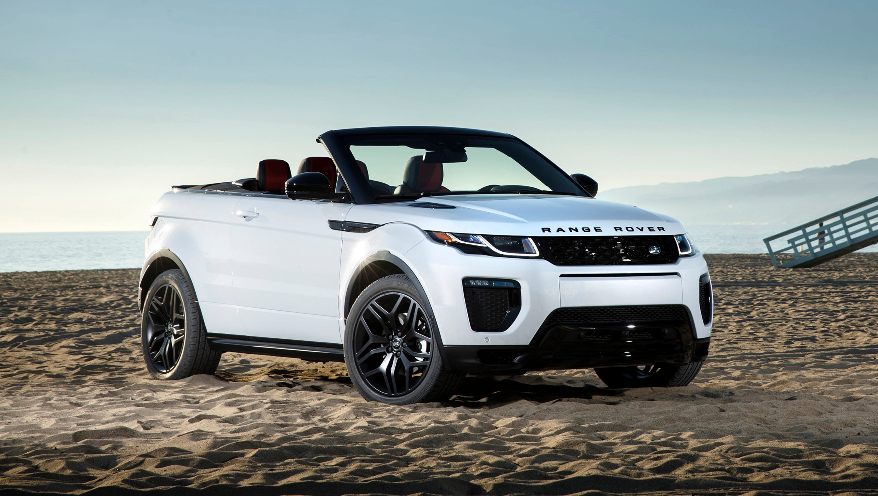 photos 2017 land rover range rover evoque convertible. Black Bedroom Furniture Sets. Home Design Ideas