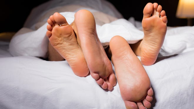 How often a couple has sex varies greatly and depends on many different stimuli.