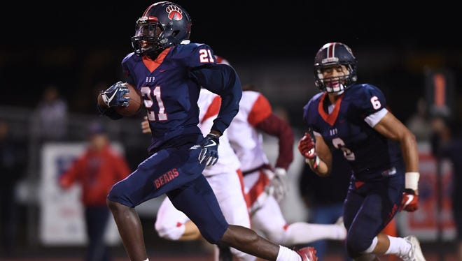 BHP's Braylon Oliver (21) returns a kickoff 96 yards for a touchdown during the Bears' 42-38 loss to Greenville Friday night at Marlee Gambrell Stadium.
