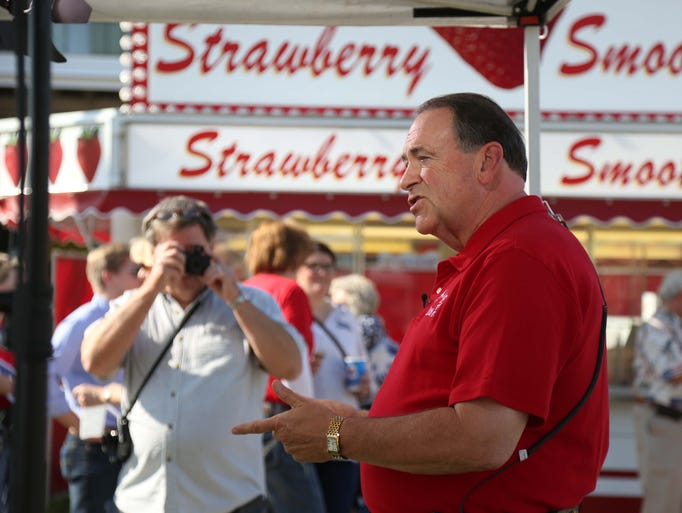 Presidential hopeful Mike Huckabee does an interview