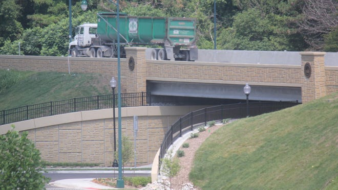 The Missouri Department of Transportation has replaced and reopened the U.S. 24 bridge near the Truman Library in northwest Independence.