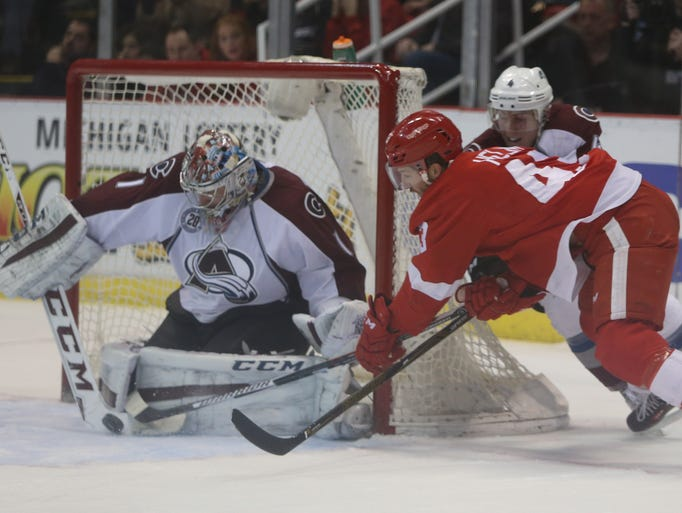 Shootout plagues Detroit once again in loss to Colorado, 3-2 635909196239648421-WINGS-021216-KD-12