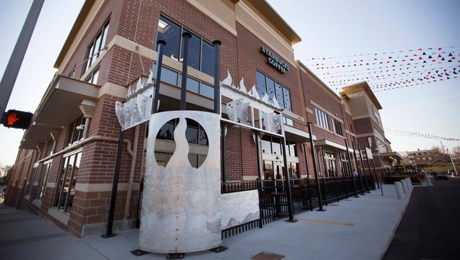 The new Kroger store in Corryville is now open for business. The store is more than 70,000 square feet and is a total re-build from the previous store on the same site. The sculpture outside the store is known as The Perlieurium. Kroger partnered with Artworks and local artists, The Humanity Machine, to create this one-of-a-kind sculpture. Besides the community space on the second floor, there is also outdoor seating. The new store employs 315 associates.