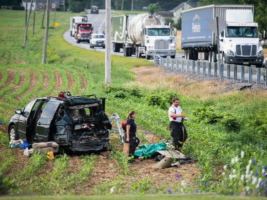 LDN-JML-062117-crash
