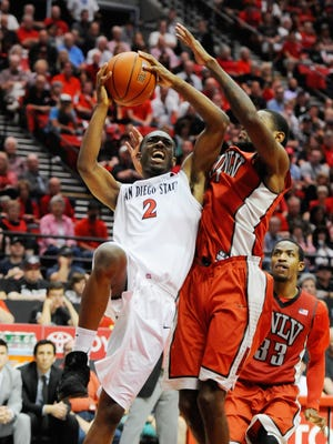 San Diego State guard Xavier Thames drives to score on UNLV on Saturday.