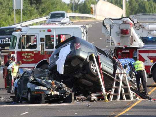 Officials ID victims in fatal Freehold crash