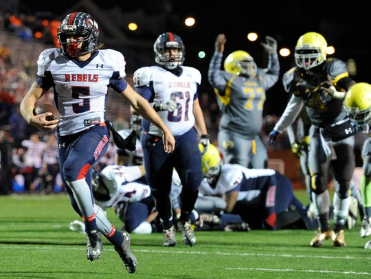 West's Nathan Cottrell (5) scores his second touchdown