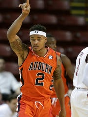 Auburn guard Bryce Brown had 17 points in a 89-78 win over Hofstra in the third place game of the 2017 Charleston Classic.