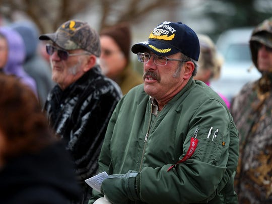 Air Force veteran John Simonds observes Veterans Day