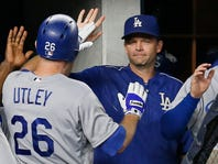 Cincinnati Reds hire hitting coach Turner Ward away from NL champion Los Angeles Dodgers