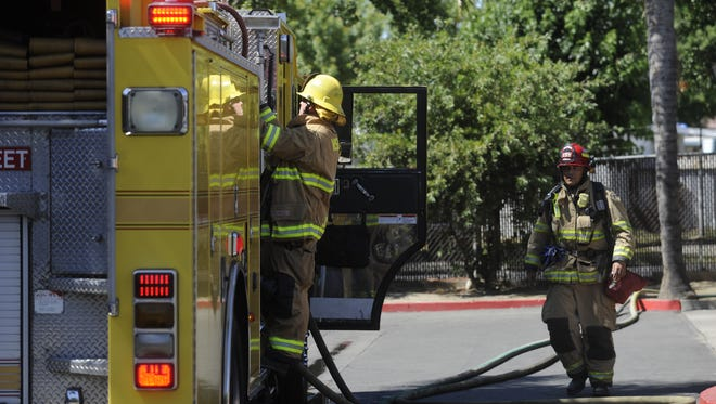 Visalia Fire Department responded to an apartment fire, Tuesday afternoon.