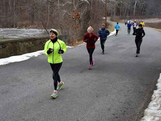 Runners take part in the 2016 Recover from the Holidays run at Norrie Point.