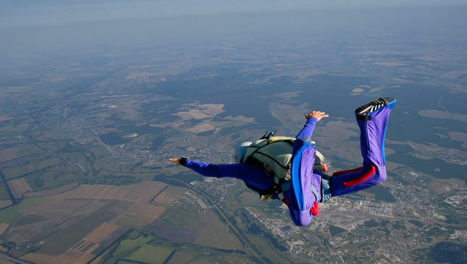 """Skydiver in the """"boxman"""" position."""