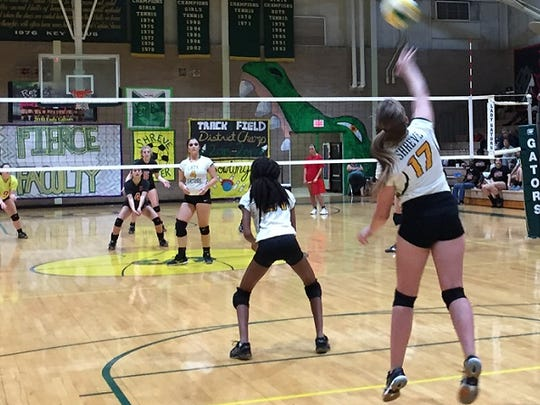 Captain Shreve's Sydney Fant serves to Ruston.