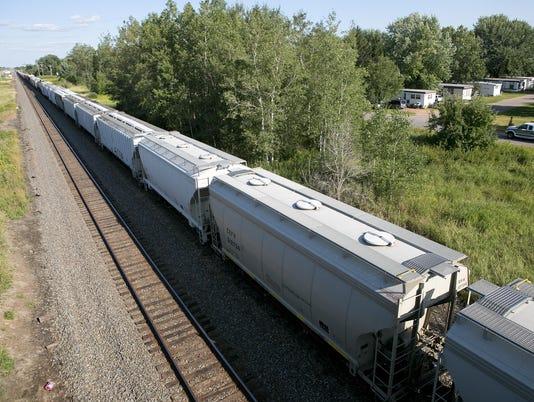 CWS Auburndale Train Stoppage 03