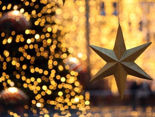 Retailers Hope For Strong Christmas Season