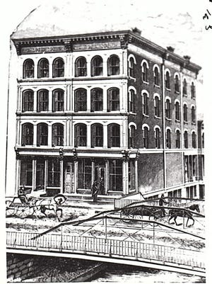 An 1855 engraving showing the bridge in front of Sisson's department store.