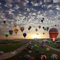 Hot air balloons in the air in the U.S. Bank Great Balloon Race!