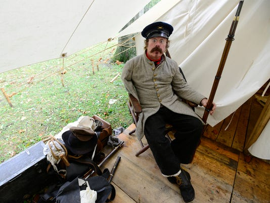 635795791639265876-civil-war-reenactment-32