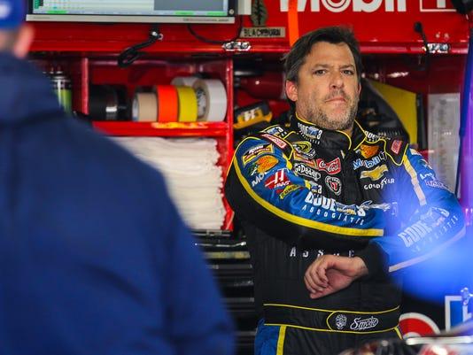NASCAR_New_Hampshire_Auto_Racing_NYOTK_WEB610703